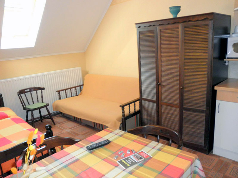 Gyula Apartment 15 is situated in the vicinity of the Castle Bath (spa)