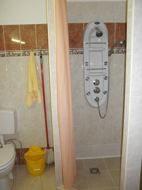 Gyula Apartment 15 shower rooms - close to Gyula Castle Bath (thermal bath